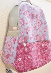 花柄バティックのバックパック(リュックサック)